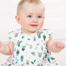 frugi-dolly-muslin-outfit-greenhouse-girl-min-jpg