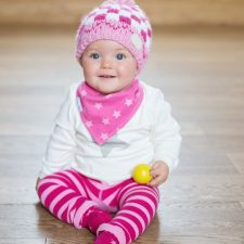 pink-bobble-hat-blade-and-rose-1441234971-jpg